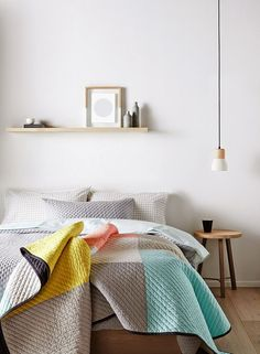 Hochwertig Grey Decor White Walls Wooden Flooring Hanging Bulb Lighting Design Style  Pop Of Colour Quilt Shelf With Pictures Bedroom Ideas
