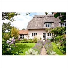 jacobean thatched cottage