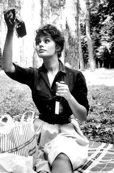 Sophia Loren photographed by Alfred Eisenstaedt.