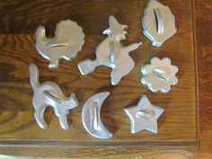 Lot of 7 1960's Vintage Halloween Aluminum Cookie Cutters