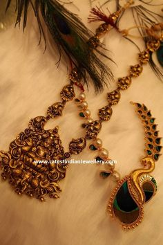 22 carat antique gold haram with Goddess Lakshmi pendant carved in nakshi work along with peacock motifs long chain from radha Gold Temple Jewellery, Gold Wedding Jewelry, Gold Jewellery Design, Gold Jewelry, India Jewelry, Bridal Jewellery, Gold Necklaces, Latest Jewellery, Gold Earrings Designs