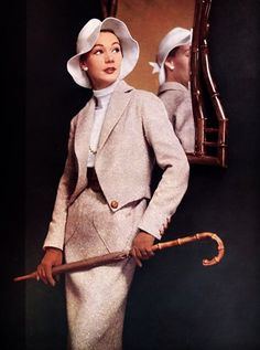 Sophie Malgat in a Jacques Fath outfit, 1952.