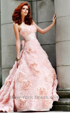 This is beautiful!! wedding dress... Maybe :)