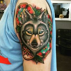 Neo-traditional wolf