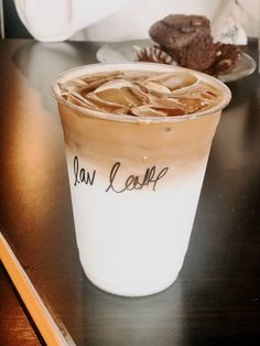 Coffee Cafe, Iced Coffee, Coffee Drinks, Coffee Shop, Aesthetic Coffee, Aesthetic Food, But First Coffee, I Love Coffee, Smoothie