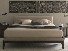 ASSUAN Leather bed by MisuraEmme design Ferruccio Laviani