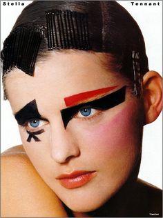 STELLA TENNANT! Graphic Eyes, Little Red Corvette, Flower Makeup, Androgynous Models, Stella Tennant, Irving Penn, Vogue Us, Model Face, Fantasy Makeup