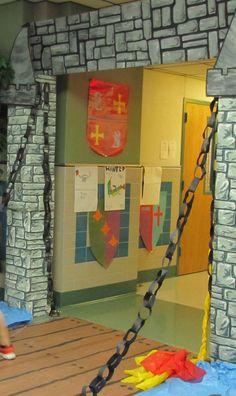 decorado de castillo con cartulinas