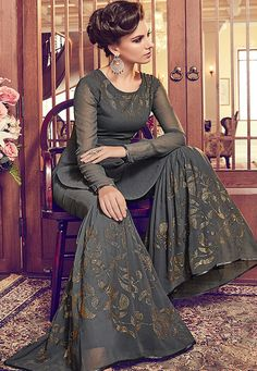Awesome Grey Color Georgette Designer Palazzo Suit Add richer looks to your persona in this grey color georgette designer palazzo suit. The embroidered work looks chic and perfect for mehndi, sangeet and wedding Pakistani Bridal, Pakistani Dresses, Indian Gowns, Gharara Designs, Dress Designs, Latest Punjabi Suits Design, Gharara Pants, Palazzo Suit, Printed Gowns