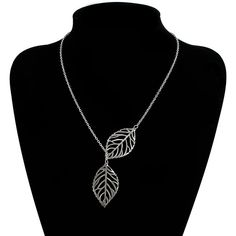 Yoins Silver Plated Double Leaves Lady Necklace ($4.06) ❤ liked on Polyvore featuring jewelry, necklaces, silver, leaf jewelry, silver plating jewelry, silver plated jewelry, lock chain necklace and lock jewelry