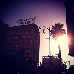 Los Angeles: Roosevelt Hotel #californiadreaming Daddy's Home, Places Worth Visiting, A Night To Remember, Ocean Sunset, California Dreamin', Palm Trees, Places To Go, Hollywood, Prom Night