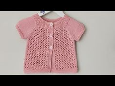 Baby Cardigan, Baby Vest, Lace Knitting, Baby Knitting Patterns, Crochet Patterns, 2 Year Old Baby, Baby Month By Month, Baby Barn, Crochet Baby Shoes
