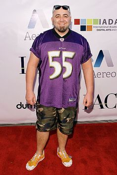 I had to do it! I adore Duff Goldman from Ace of Cakes! Love those sneakers. :)
