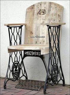 Comment recycler les anciennes machines à coudre How to recycle old sewing machines How to recycle oldMachine Foot RecyclingMachine sewing + to + + recycled Small Woodworking Projects, Learn Woodworking, Woodworking Workshop, Popular Woodworking, Woodworking Workbench, Woodworking Furniture, Diy Wood Projects, Woodworking Crafts, Youtube Woodworking