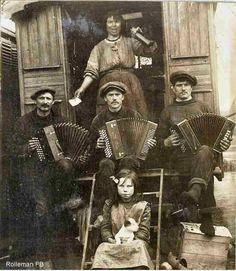 Zigeunermuzikanten  #accordion #squeezebox #trekharmonica