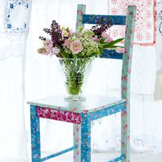 Decoupage furniture: How to decoupage a chair
