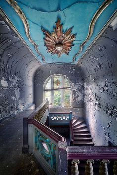 30 Fascinating Abandoned Buildings - Imagine how this place looked when it was new...