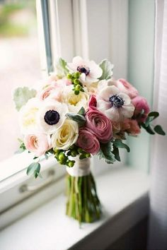 For Bridal Boquet: LOVE anemonies! Ranunculus, Succulents, Roses, Greenery, very natural, not perfect round shaped, hand tied!, I´d like the steams to be seen. Colors: Light pink, bit of purple, shades of fuchsia, champagne, cream, NO white....cream or champagne ribbon