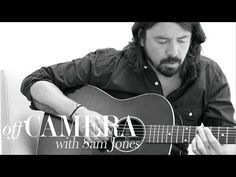Dave Grohl Offers Tips on Playing Acoustic Guitar — For Drummers – Acoustic Guitar
