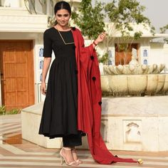 Black Tassels Palazzo Suit This time collection is of super classic fabric 💃💥 Grab it fast before it get sold.👗👗This time collection is of super classic fabric 💃💥 Grab it fast before it get sold. Kurta Designs, Kurti Designs Party Wear, Blouse Designs, Dress Indian Style, Indian Dresses, Indian Outfits, Indian Wear, Stylish Dress Designs, Stylish Dresses
