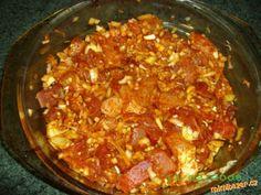 GULÁŠ BEZ MÍCHÁNÍ OPRAVDU SKVĚLÝ Stew, Chili, Food, Red Peppers, Chili Powder, One Pot, Chilis, Meals, Capsicum Annuum
