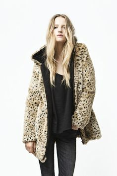 Sexy Sleeve Zipper Long Leopard Coat