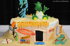 Surf Shack cake found on www.flickr.com and photographed by DigiNik13.