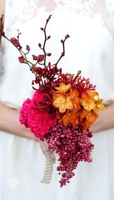 wedding bouquets with Dendrobium, Vanda, Schinus and Jatropha, colorful, pink and orange