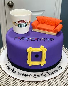 Friends Birthday Cake, Friends Cake, Biscuits, Desserts, Cakes, Tips, Instagram, Cake, Cake Birthday