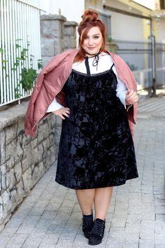 vestido de veludo plus size com camisa por baixo ju romano 3