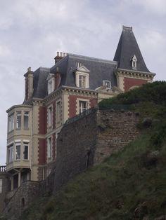 "Old mansion, in Dinard, Villa ""Les Roches Brunes"""