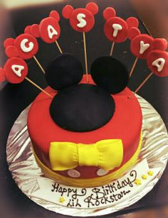 #WaltDisney #MickeyMouse #CustomizedCakes #Ambrosia