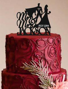Mariée et Groom Wedding Cake Topper, monogramme Custom Wedding Cake Topper, Unique Wedding Cake Topper, Superman Cake Topper, Funny cake topper