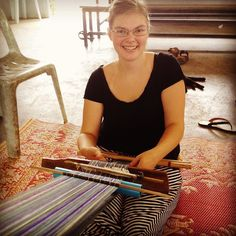 Learn to backstrap weave at @northwesternu Study Abroad Fair Sept 27. Photo of @houghtoncollege student Bekah Potts practicing weaving last semester. #studyabroad #studyabroadbecause #generationstudyabroad #gostudyabroad #ivstudyabroad