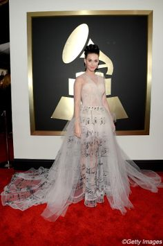 Grammy Awards 2014: les robes de stars (Katty Perry en Valentino) Photo : Getty Images | Elle Québec