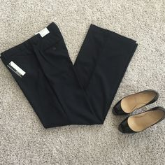 Express Editor Pants Express Editor Pinstriped Pants in Luxury Stretch sateen material. Size 6 Regular - New with tags. Flare leg, low rise, straight through hip. Matching suit jacket/blazer can be found in my store as well! Express Pants