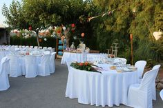 Home - Catering Ya Home Catering, Table Decorations, Home Decor, Frases, Catering Companies, Couple, Pretty, Decoration Home, Room Decor