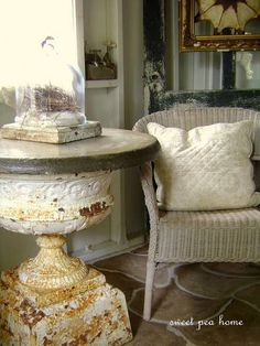 Love this urn turned table!