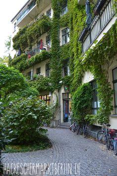 Hackescher Markt - Hackesche Höfe Hof 3  mehr auf www.HackescherMarktBerlin.de