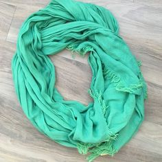 Green Scarf. Never worn, green scarf. Let me know if you have questions! American Eagle Outfitters Accessories Scarves & Wraps