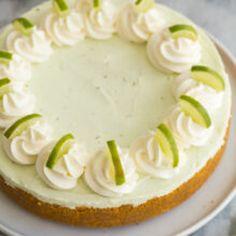 Key Lime Cheesecake Recipe Easy, Lime Cheesecake No Bake, Keylime Pie Recipe, Easy Chocolate Desserts, No Bake Desserts, Easy Cake Recipes, Baking Recipes, Pie Recipes, Dessert Recipes