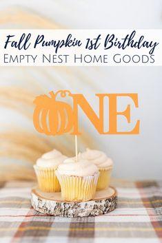 Zucchini cake with pine nuts - Clean Eating Snacks Pumpkin Birthday Parties, Pumpkin First Birthday, Birthday Ideas, Cheap Clean Eating, Clean Eating Snacks, Little Pumpkin Party, Blue Pumpkin, Fall Cakes, Zucchini Cake