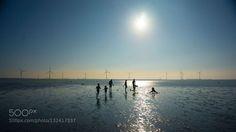 Gaomei Wetlands Taichung http://ift.tt/1PwaAJe beautifulfamilygaomei wetlandslightoutdoorseasilhouettesunsunsettaichungtaiwantravelwaterwetland