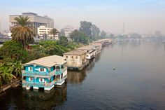 egypt houseboats   Riverbank housing photograph - houseboats on the Nile River near Cairo