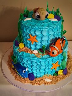 party ideen Does your child want a Finding Dory Birthday Party this year? Check out these 40 Finding Dory Birthday Party Ideas that will wow your party guests. Nemo Y Dory, Finding Nemo Cake, Finding Dory Birthday Cake, Fete Emma, 1st Birthday Parties, 2nd Birthday, Kid Birthday Cakes, Birthday Ideas, Cupcakes