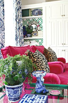 Room Living - Bright Idea - Home, Room, Furniture and Garden Design Ideas Home Living Room, Living Room Designs, Living Room Decor, Room Colors, House Colors, Decoration Baroque, 233, Club Chairs, Lounge Chairs