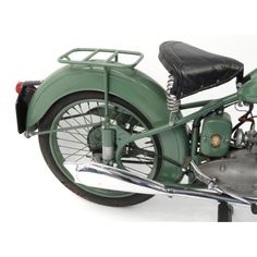 2002 - 1952 Green BSA Bantam motorbike, 15871 recorded miles, registration - AJK one recorded. 125cc Motorbike, Motorcycle Engine, British Motorcycles, Cars And Motorcycles, Bsa Bantam, Vintage Bikes, Electric Scooter, Motorbikes, Classic