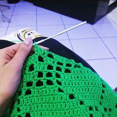 momento_karine Sábadao e eu aqui crochetando  adoroooo o conforto da minha casinha   #boanoitee #meninaprendada #crochet #handmade #artesanato #ganchillo #crochetaddict #haken #yarn #instacrochet #croché #crochetersofinstagram #crocheting #virka #örgü #hekle #yarnaddict #feitoamao #uncinetto #crochetlove #craftastherapy #amigurumi #virkning #mormorsrutor #haakverslaafd #moda #patchwork #euquero