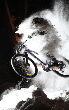 MTB in snow - very cool action shot.