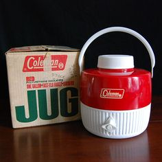 Do you remember camping with this? There was storage in the top that held plastic cups.  What a great idea...too bad they don't make them like that anymore.